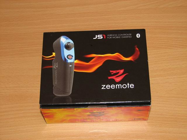 Zeemote's JS1, an innovative wireless controller