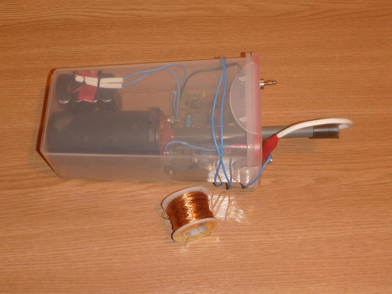 Electric Fence 20KV pulses for perimeter defense PocketMagic